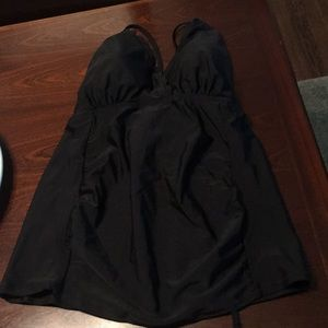 Maternity motherhood scalloped bathing suit top- L